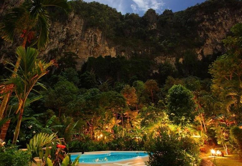 Vipa Tropical Resort, Krabi, Outdoor Pool