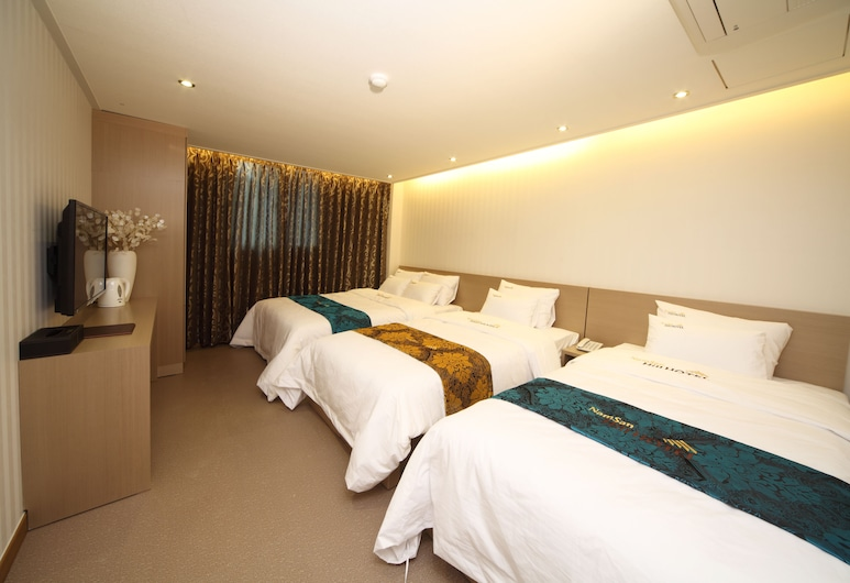 Namsan Hill Hotel, Seoul, Family Room, Guest Room