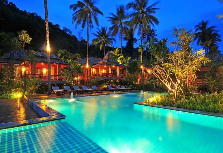 Ao Nang Phu Pi Maan Resort and Spa, Krabi, Buitenzwembad