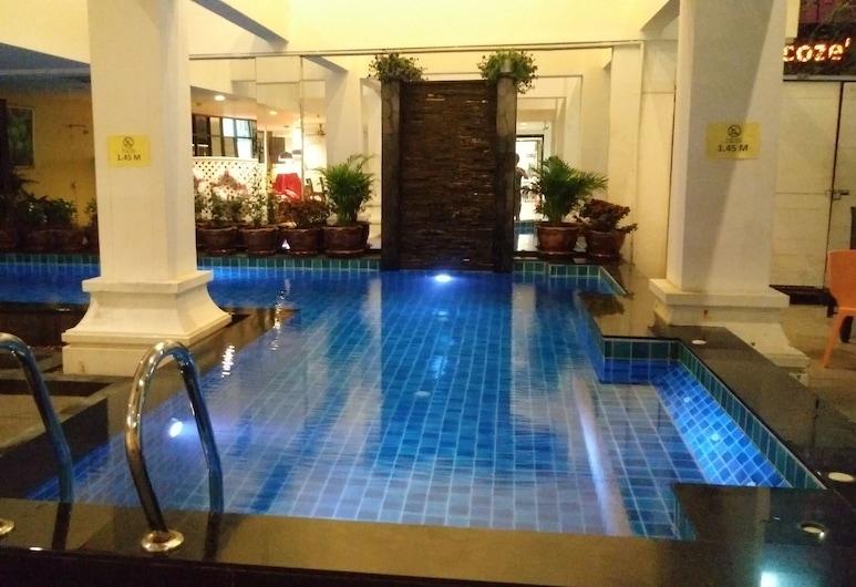 Ansino Bukit Hotel, Patong, Uima-allas