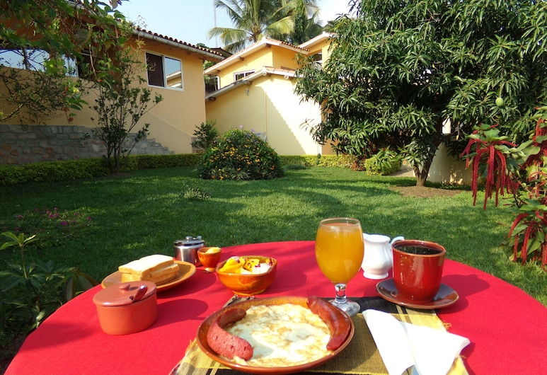 Aparthotel Jardin Tropical, Bujumbura, Outdoor Dining