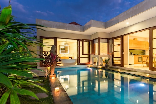 Book Beautiful Bali Villas In Legian Hotels Com