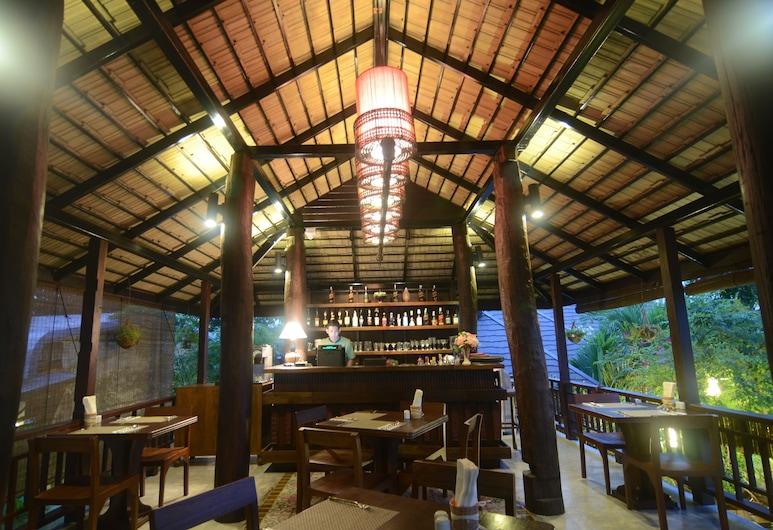 The Balcony Chiang Mai Village, Chiang Mai, Bar Hotel