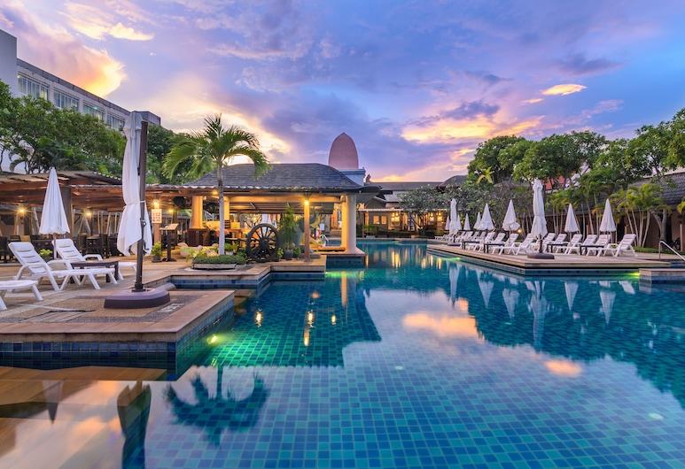 普吉島卡塔渡假村, 卡隆, 室外游泳池