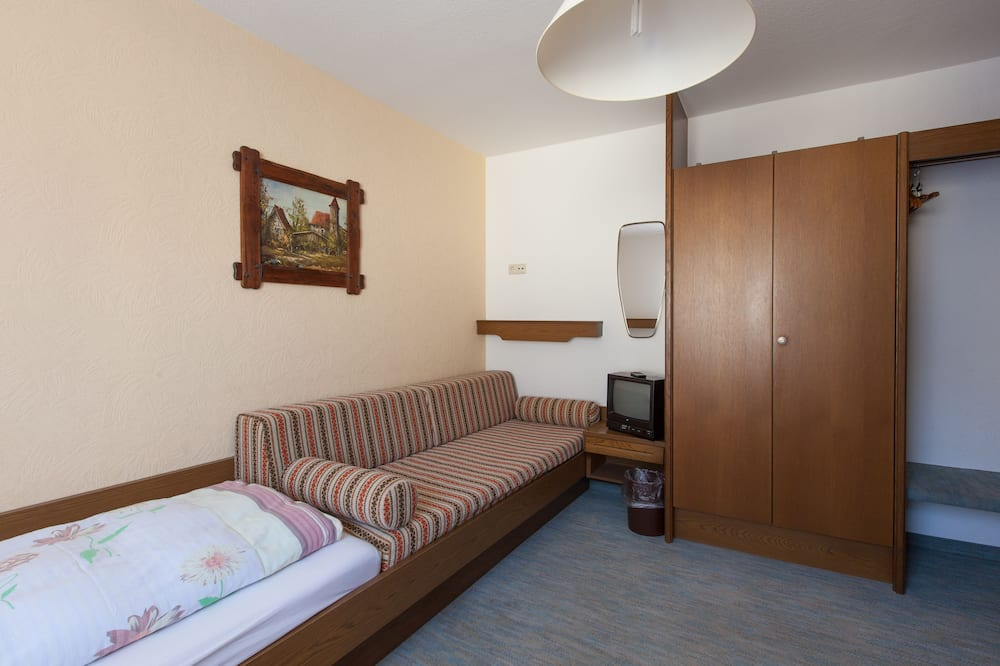Comfort Single Room, 1 Twin Bed, Non Smoking - Living Area