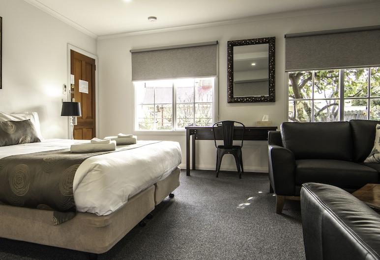 Hideaway on George, Launceston, Deluxe Suite, Guest Room