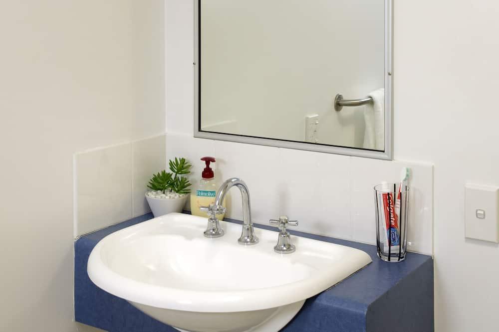 Apartment, 6 Bedrooms - Bilik mandi