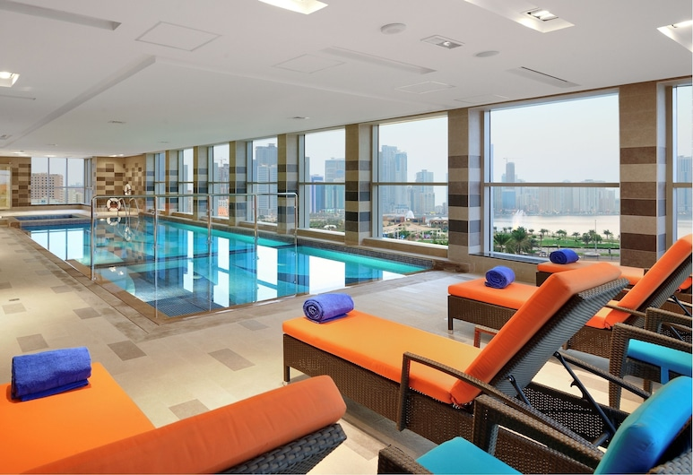 阿爾瑪雅茲高級公寓酒店, 沙迦, 室內泳池