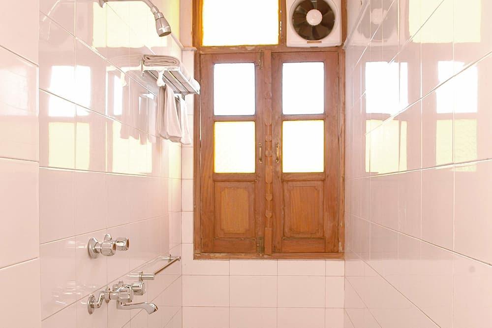 Super Deluxe Room - Bathroom Shower