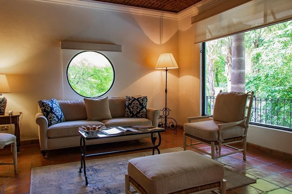 Phòng Suite, 1 giường cỡ king (Solo Habitacion) - Khu phòng khách