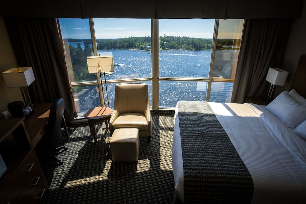 Room, 1 King Bed, Non Smoking, Lake View - Guest Room View