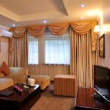 Presidential Double or Twin Room - Living Room