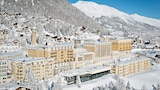 Pilih hotel mewah di St. Moritz