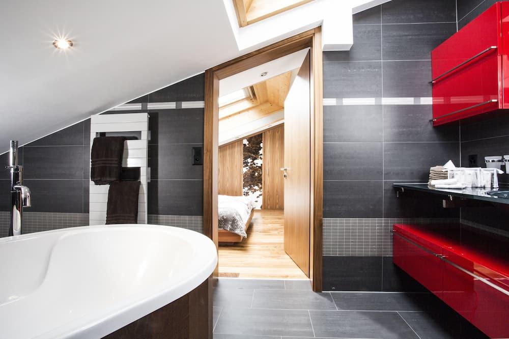 Apartmán, 4 spálne, balkón, výhľad na hory (Matterhorn) - Kúpeľňa