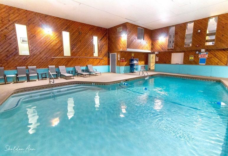 Eastern Inn & Suites, North Conway, Pool