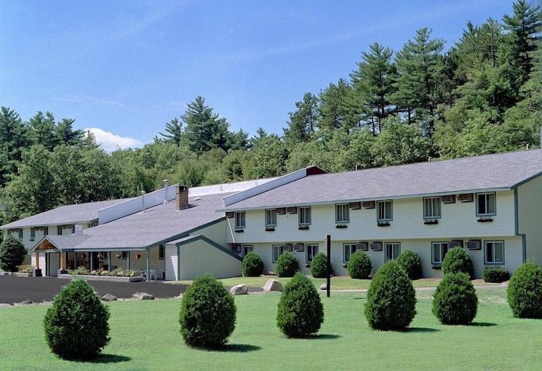 Eastern Inn & Suites, North Conway, Parco della struttura