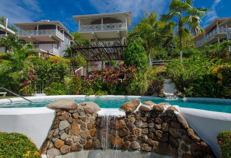Oasis Marigot Hotel & Villas, Marigot Bay, Pool-Wasserfall