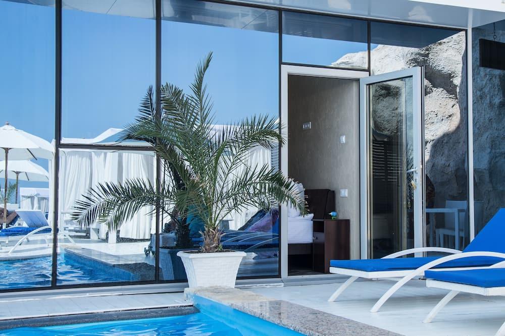 Standardní pokoj, výhled na bazén - Terasa
