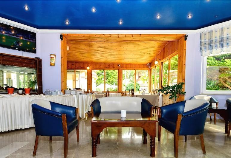 Mountain View Hotel & Villas, Girne, Lobi