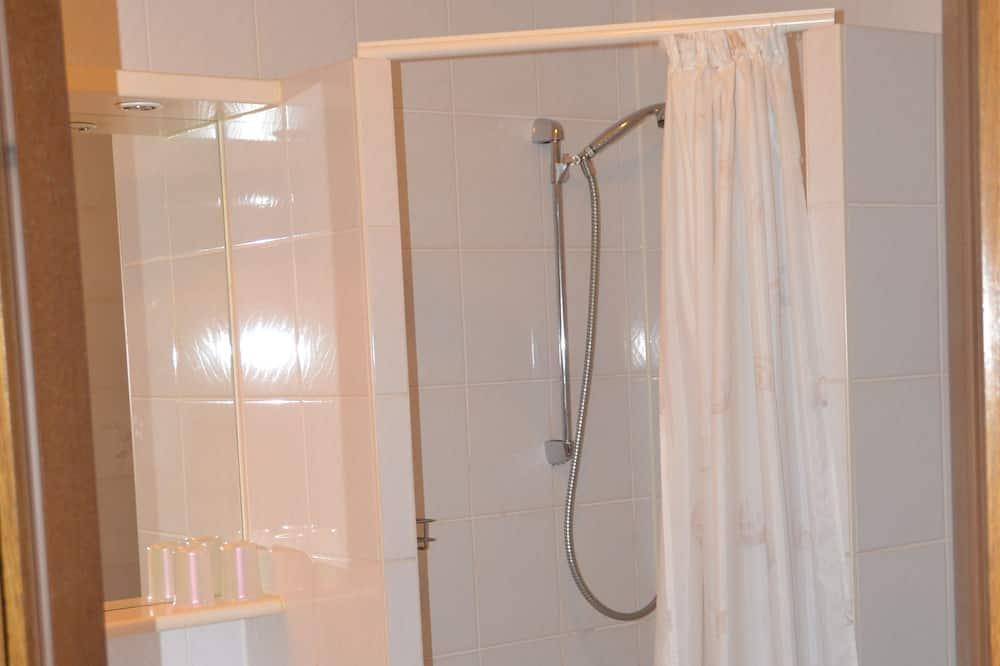 Double Room (Kat. 3) - Bathroom