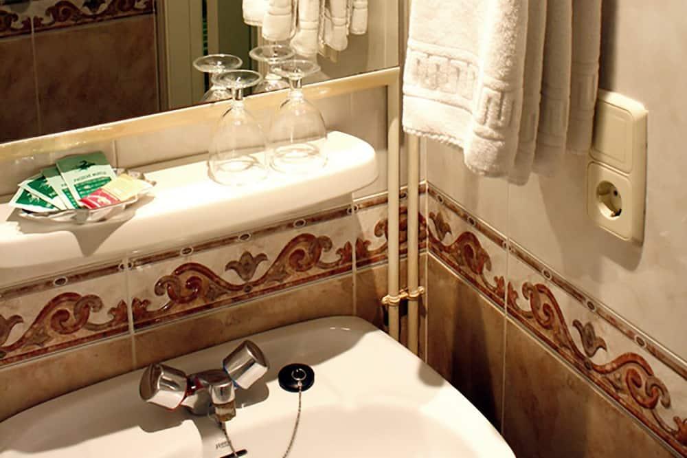 חדר סטנדרט טווין - חדר רחצה