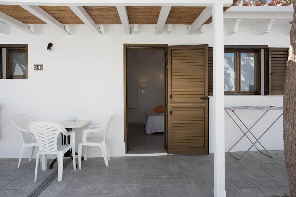 Стандартный двухместный номер с 1 двуспальной кроватью, 1 двуспальная или 2 односпальные кровати - Балкон