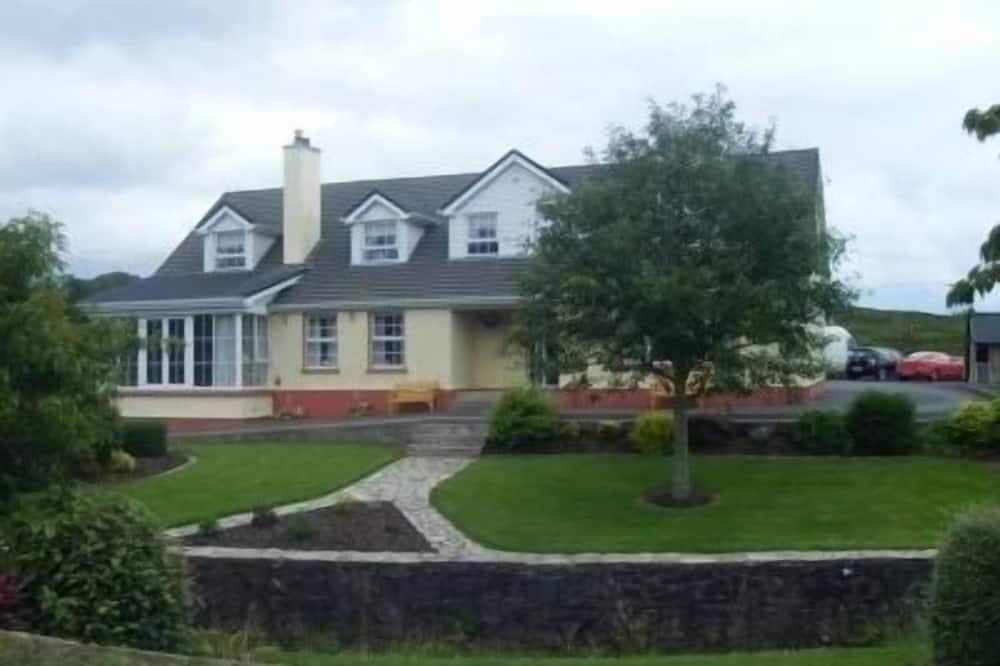 Bridgeburn House, Letterkenny