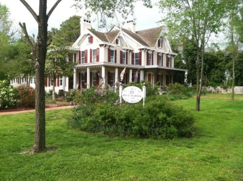 River House Inn Bed And Breakfast Snow Hill