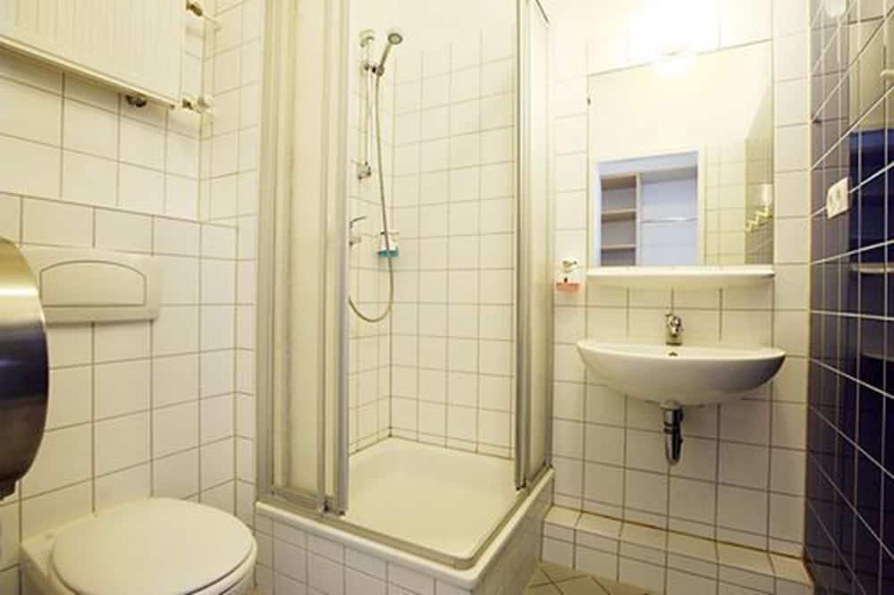 家庭客房 (5 Pax) - 浴室
