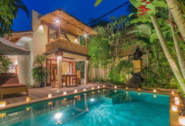 Villa Seriska Seminyak Bali, Seminyak, Piscina externa