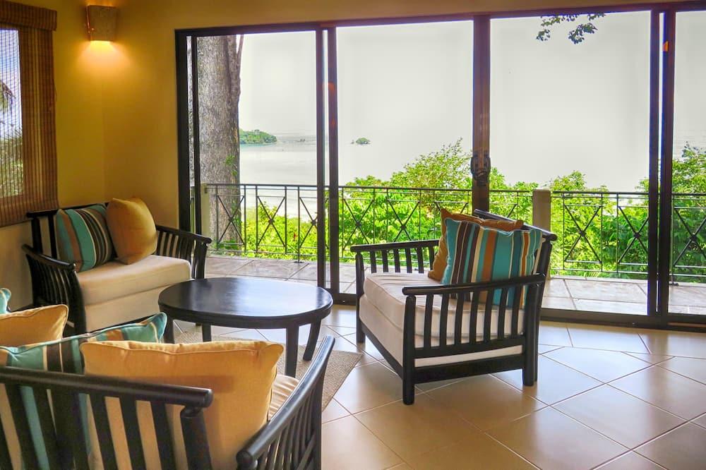 2 Bedroom Villa (no pool) - พื้นที่นั่งเล่น