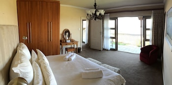 Foto On the Cliff Guest House di Hermanus