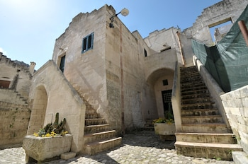 Enter your dates for special Matera last minute prices