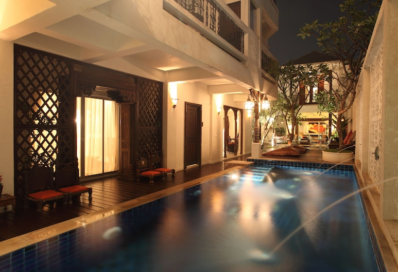 At Niman Conceptual Home, Chiang Mai, Pool