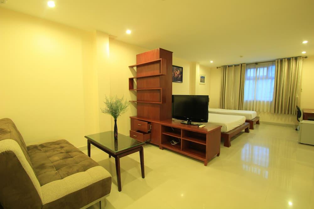 스위트 (Triple Room) - 거실 공간