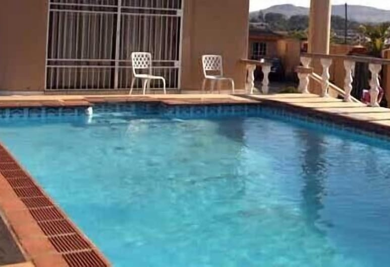 Global Village Guesthouse, Manzini, Outdoor Pool