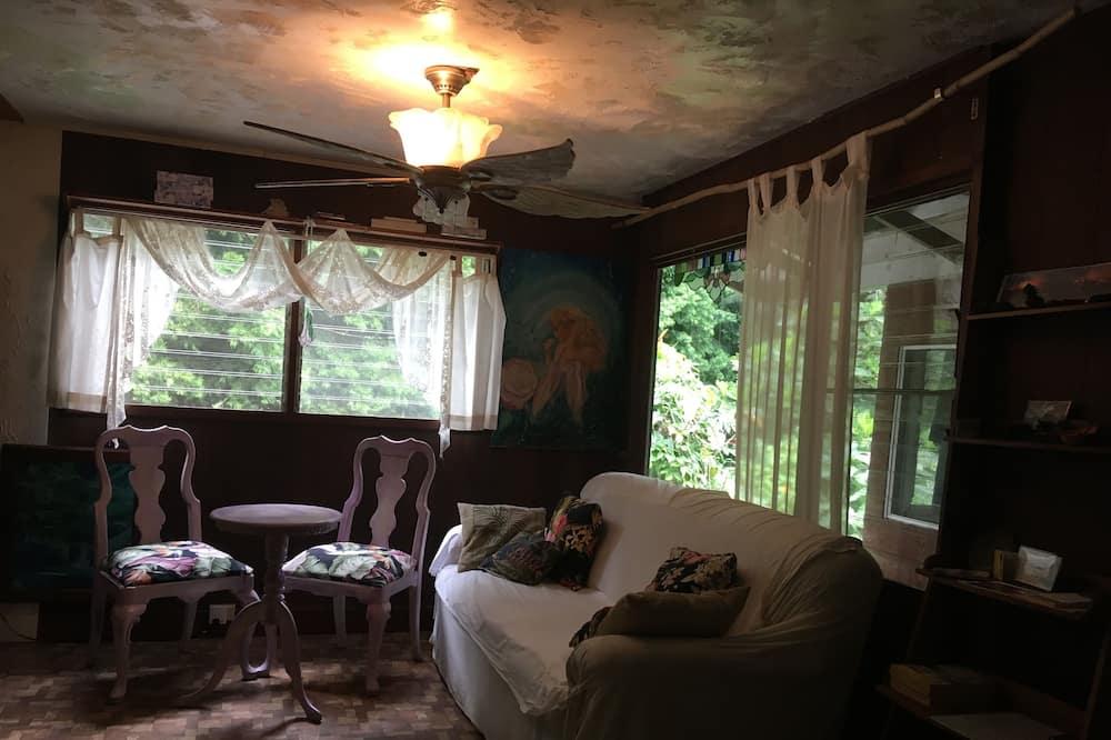 Tradičný dom, 1 extra veľké dvojlôžko, výhľad na záhradu - Obývačka