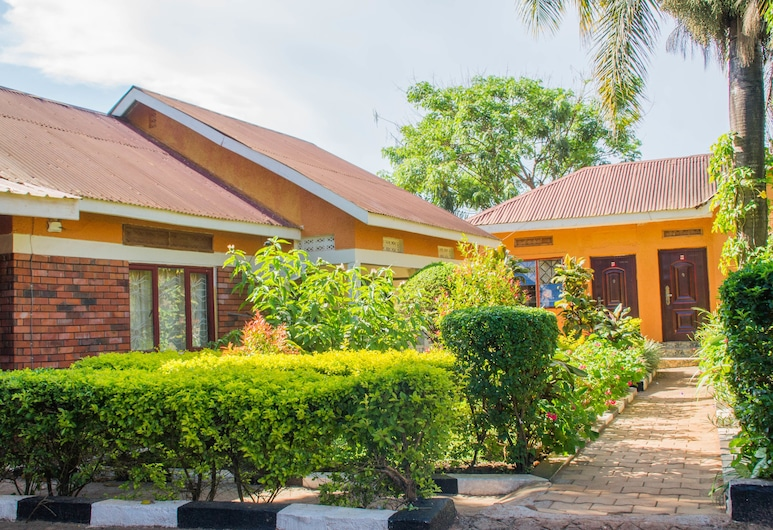 Gorilla African Guest House, Entebbe, Property Grounds