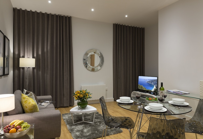 SACO Manchester - Piccadilly, Manchester, Club Studio, 1 King Bed, Kitchen, City View, In-Room Dining