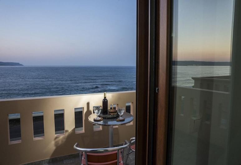 بورتو كاليفيس سيسايد أبارتمنتس, أبوكوروناس, شقة عائلية - غرفتا نوم - بشرفة - بمنظر للبحر, شُرفة