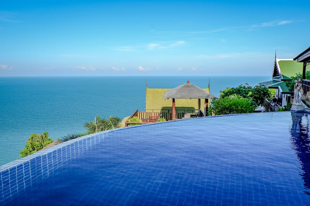 2 Bedroom Grand Pool Villa - Outdoor Pool
