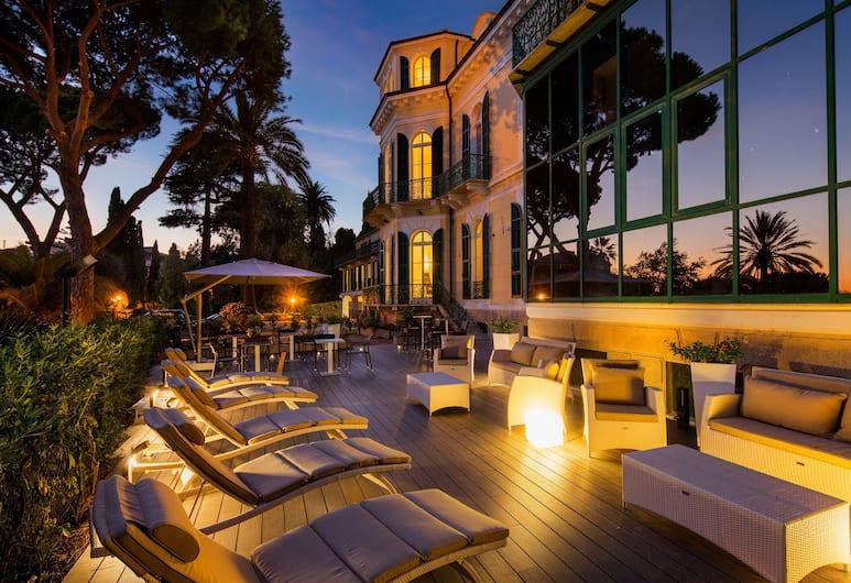 فيلا سيلفا آند سبا, Sanremo, واجهة الفندق - مساءً /ليلا
