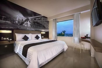 Picture of Hotel Neo Candi Simpang Lima - Semarang by ASTON in Semarang