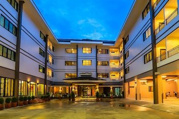 Picture of De Hug Hotel & Residence in Chiang Rai