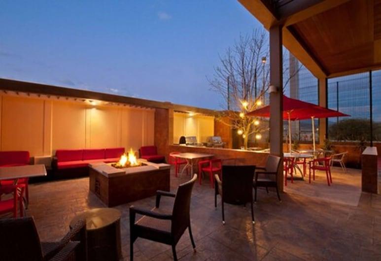 Homewood Suites by Hilton Queretaro, Mexico, Queretaro, Teras/Veranda
