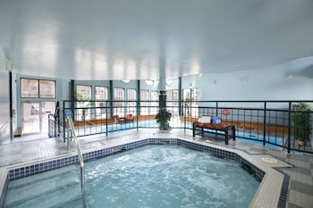 Fotografia hotela (Tonquin Inn) v meste Jasper