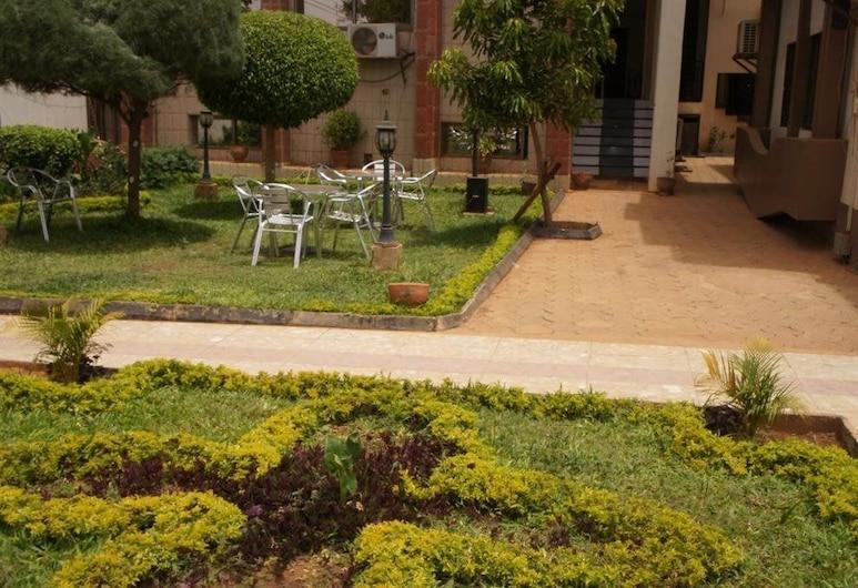 Nikki Hotel, Niamey, Hotellets indgang