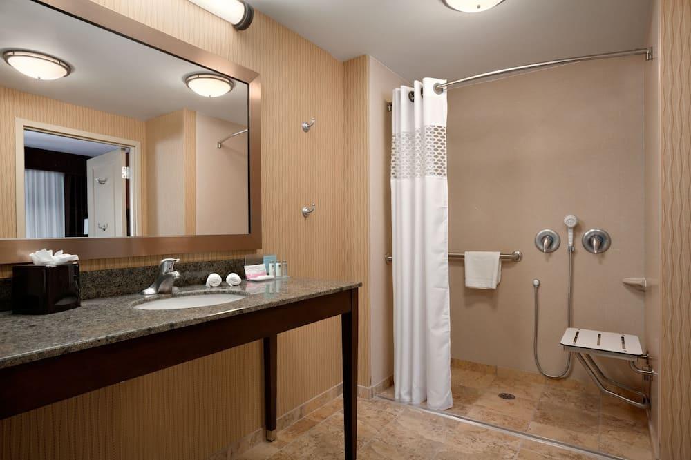 Room, 1 Katil Raja (King) (Water View) - Bilik mandi