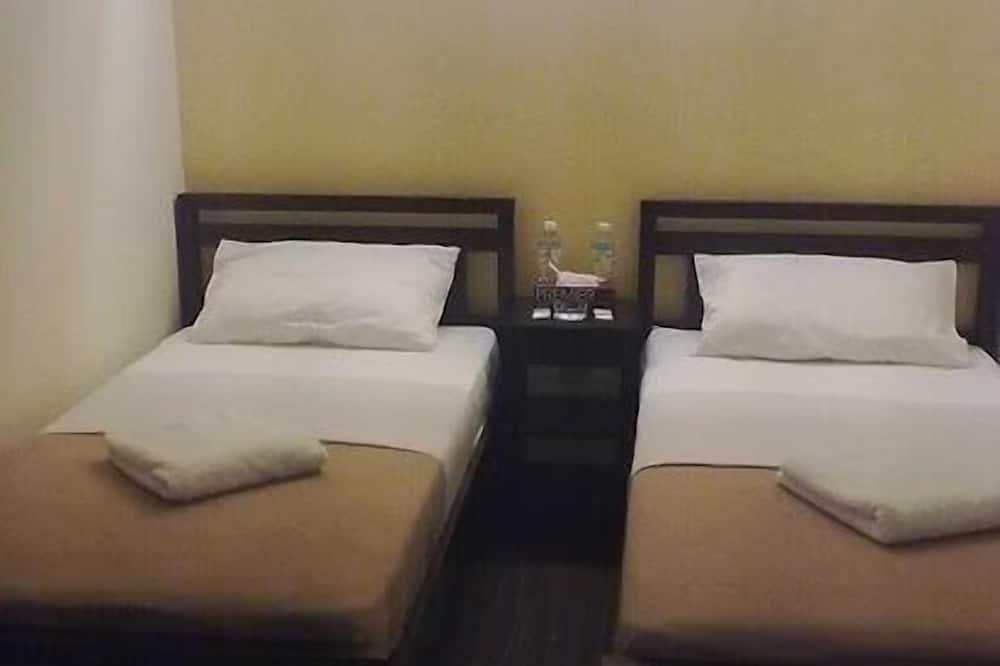 Standard Twin Room - Living Area