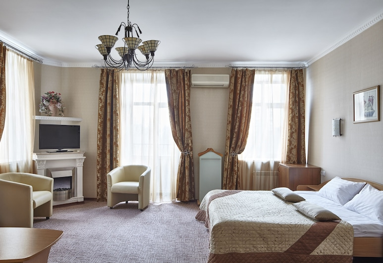Slavyanka Hotel, Moscow, Junior Suite, 1 Double Bed, Guest Room